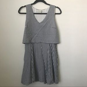 Paper crane blue and cream stripped dress SZ S